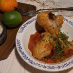 Pałki z kurczaka w sosie pomidorowym z orientalnym akcentem