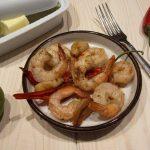 Krewetki na maśle z czosnkiem i chilli