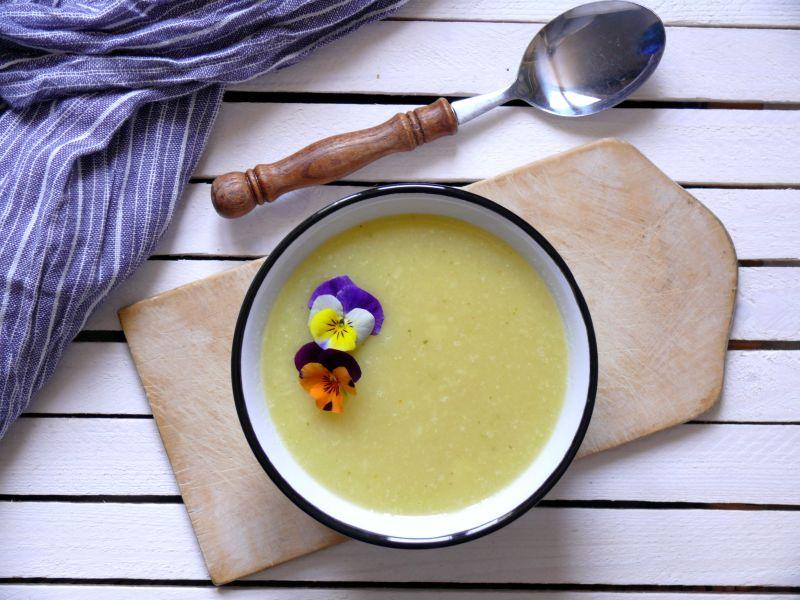 prosta zupa krem z pasternaku