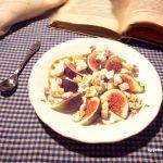Figa z serem feta i miodem
