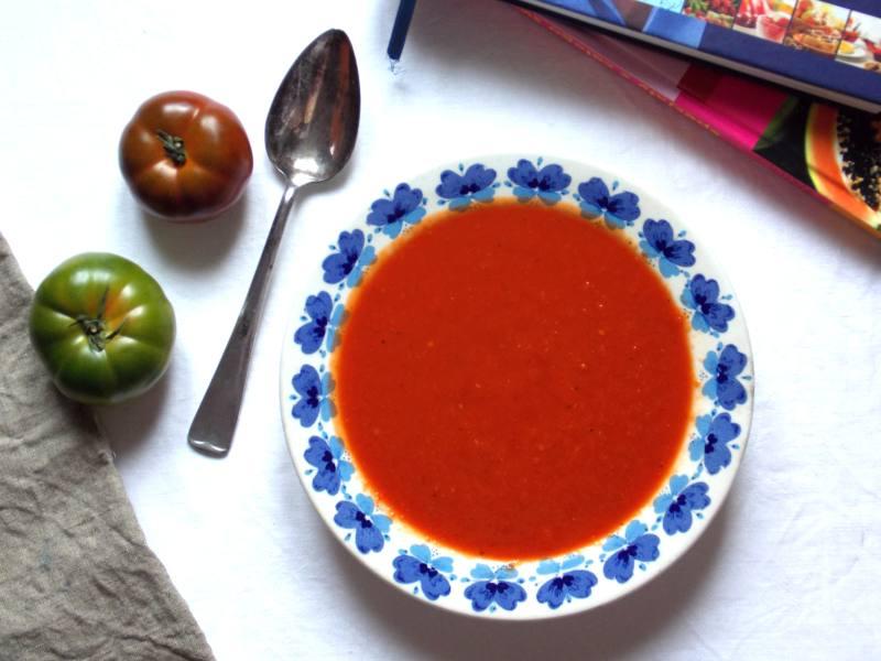 szybka-zupa-krem-z-pomidorow-i-papryki