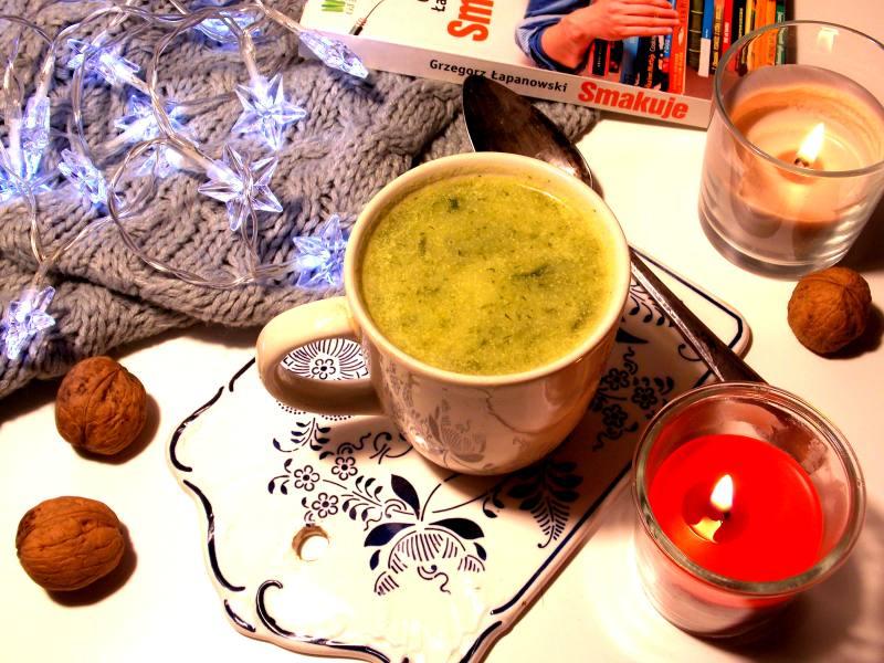 szybka zupa z cukinii