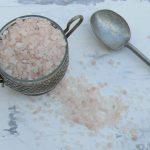 Jak ograniczać sól w posiłkach?