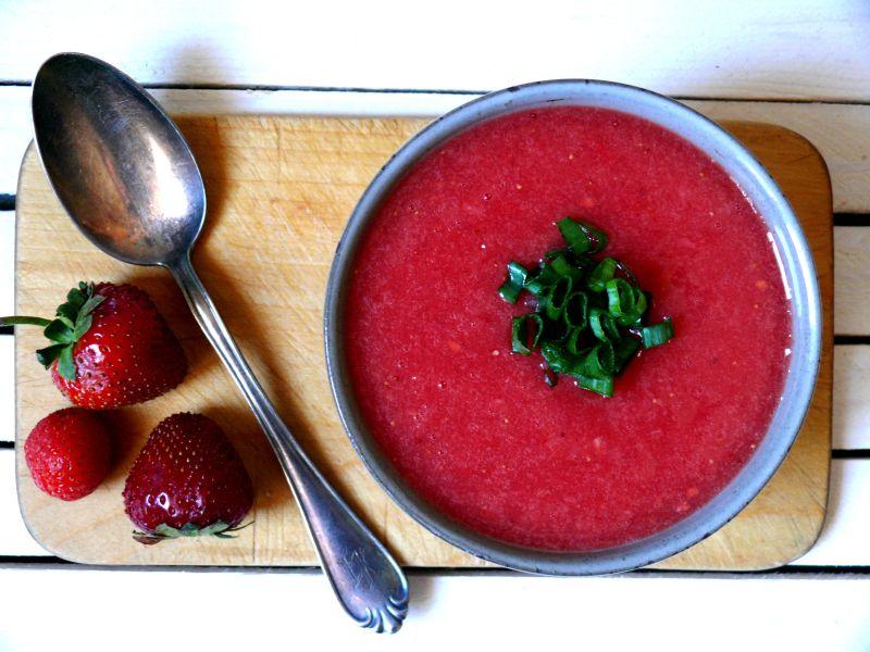 chłodnik pomidorowo-truskawkowy