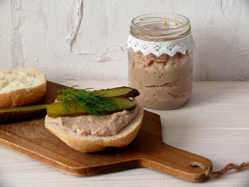 pasta kanapkowa z tuńczyka-z-jajkiem