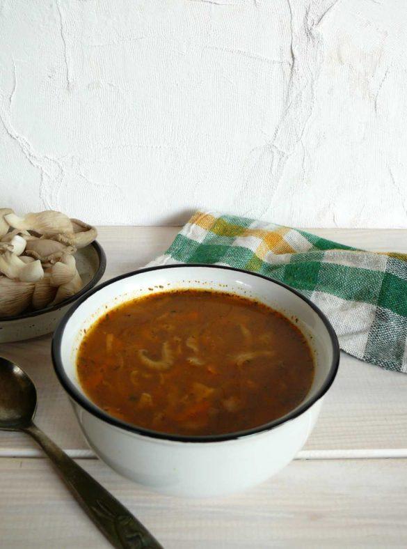 ostra zupa z boczniaków a'la flaki