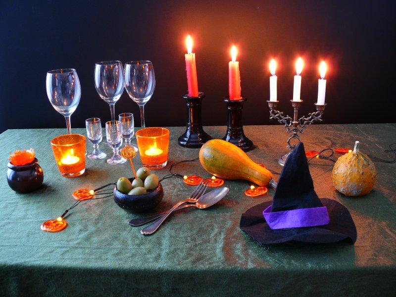 stylizacja stołu na Halloween