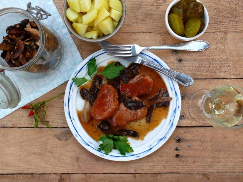 polędwiczki wieprzowe w sosie grtzybowym
