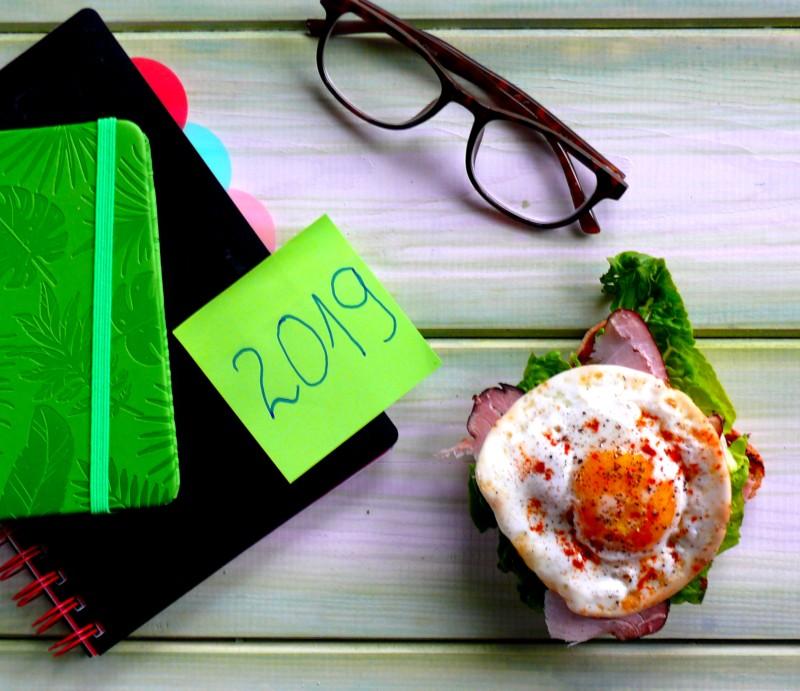 jak dotrzymać noworocznych postanowień, nowy rok, postanowienia na nowy rok