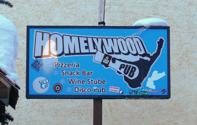 Livigno Włochy co zjeść co robić Homelywood Pub