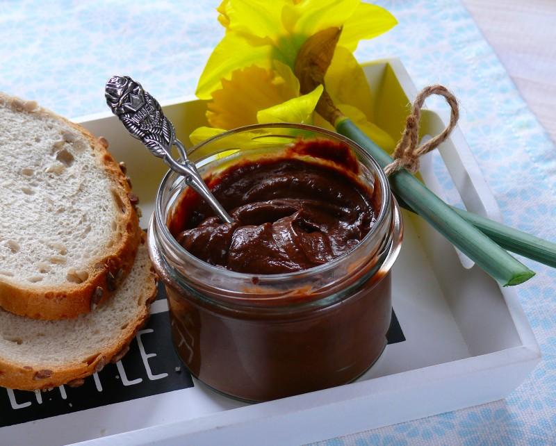 domowa fit nutella, dietetyczny deser, wegańskie śniadanie