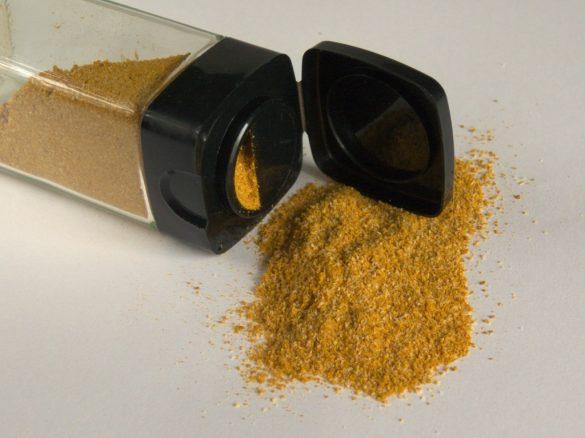 gotuj bez chemii kuchnia domowa przyprawa złoty kurczak kolendra kurkuma czosnek sól