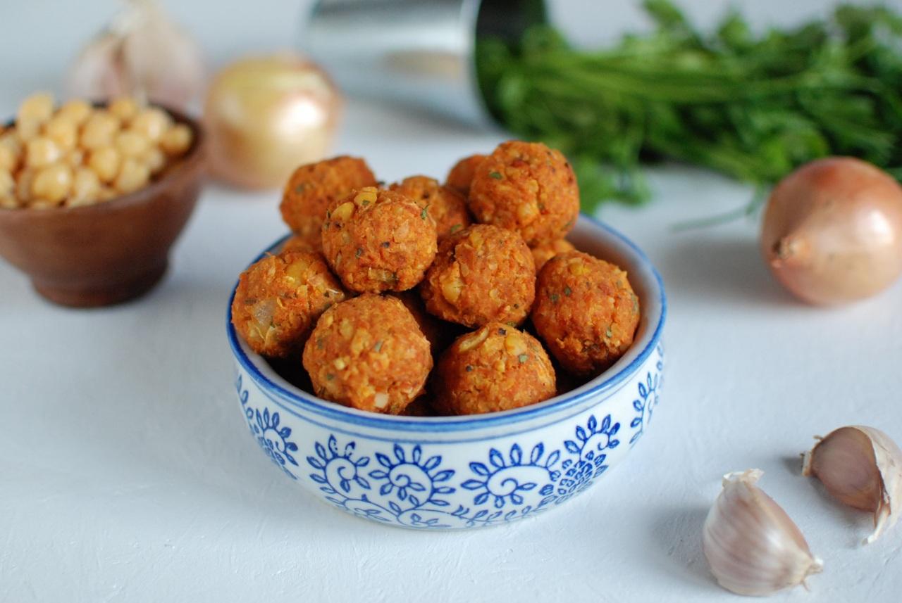 co zrobić z warzywami z bulionu wegańskiego przepis na wegańskie pulpeciki z włoszczyzny i cieciorki