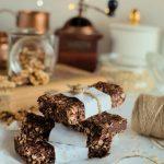 czekoladowe batony owsiane z orzechami