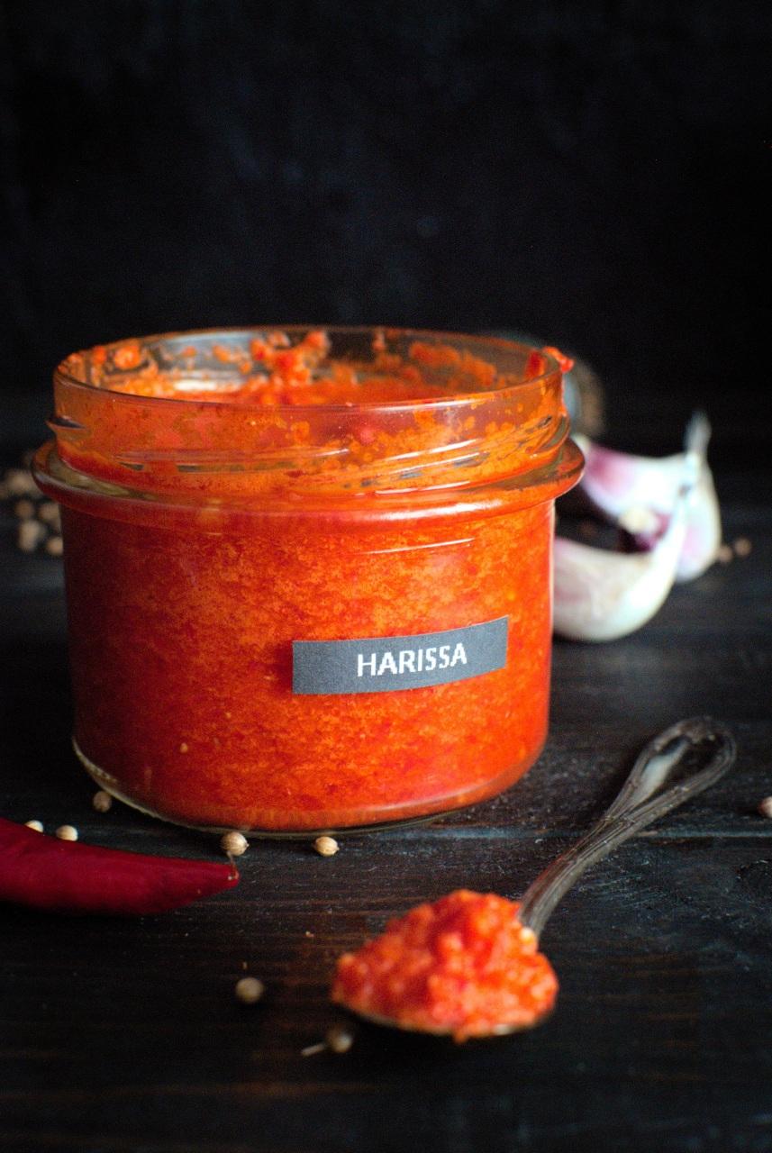 harissa - pasta z papryczek chilli, umiarkowanie ostra