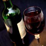laik wybiera wino